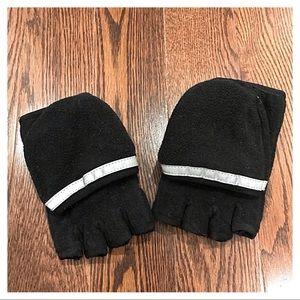 {GapKids} Fleece Gloves, M (8)
